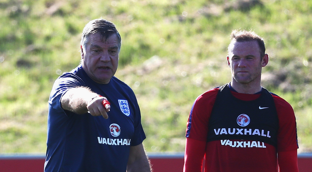 Sam Allardyce and Wayne Rooney will be hoping that their work on the training pitch pays dividends for Everton. Photo: Getty Images