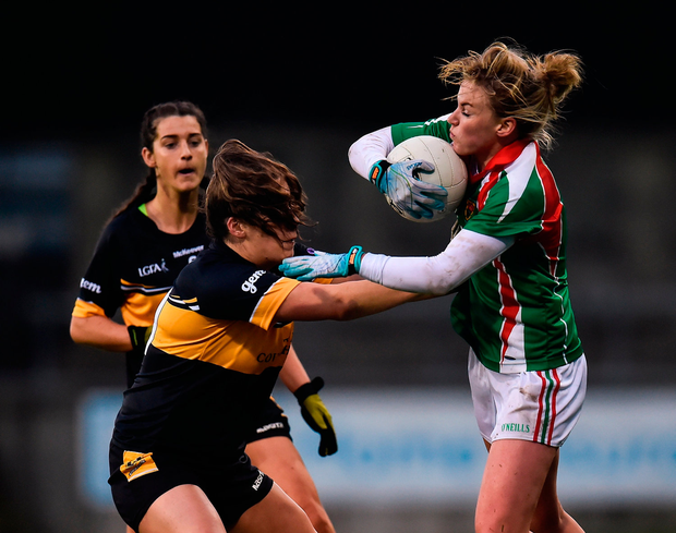 Fiona McHale of Carnacon in action against Bríd OSullivan of Mourneabbey. Photo by Seb Daly/Sportsfile