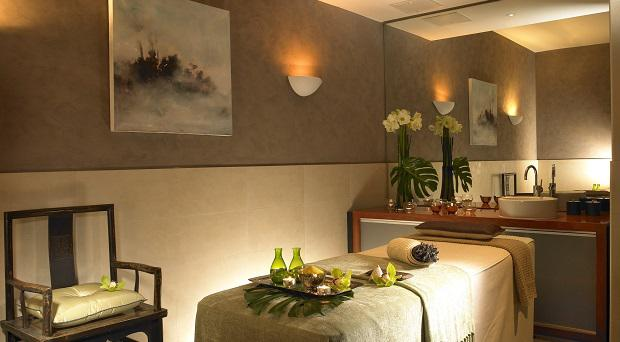 BlueBookIce House - Chill Spa Treatment Suite.jpg