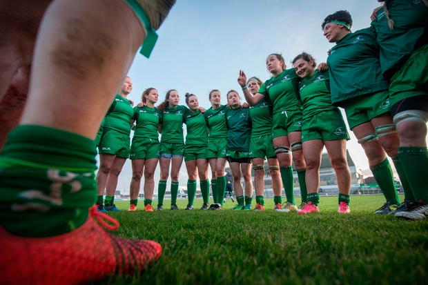 The Connacht team gather in a huddle after their first ever interpro victory over Munster. Photo: ©INPHO/Oisin Keniry
