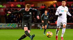 Soccer Football - Premier League - Swansea City vs Manchester City - Liberty Stadium, Swansea, Britain - December 13, 2017 Manchester City's Kevin De Bruyne in action REUTERS/Rebecca Naden