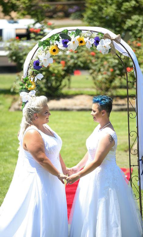 Two Female Couples Tie Knot In Australias First Same-Sex Weddings-6925