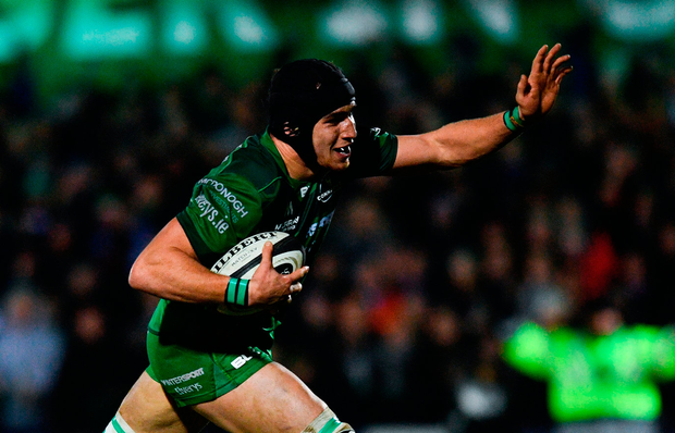 Ultan Dillane of Connacht celebrates on the way to scoring his side's sixth try Photo: Sportsfile