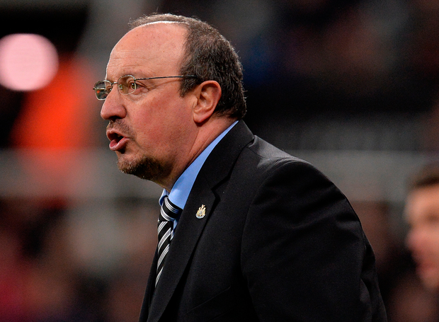 Newcastle manager Rafa Benitez gestures from the sideline. Photo: Getty Images