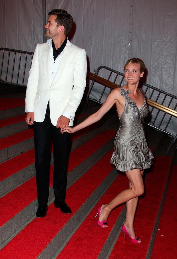 Actress Diane Kruger (R) and actor Joshua Jackson depart from the Metropolitan Museum of Art Costume Institute Gala, Superheroes: Fashion and Fantasy, held at the Metropolitan Museum of Art on May 5, 2008 in New York City. (Photo by Andrew H. Walker/Getty Images)