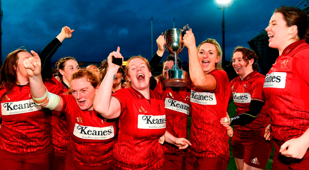 Siobhan Fleming lifting the cup after her side's Women's Interprovincial triumph. Photo: Eóin Noonan/Sportsfile