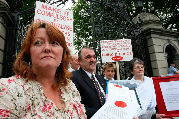 Susan Gray (left) with fellow members of the road safety campaign group Parc delivering a 20,000-strong petition to the Dáil calling for the testing of drivers for drink and drugs