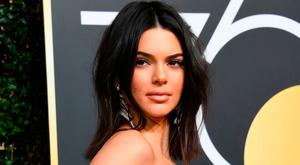 Kendall Jenner arrives for the 75th Golden Globe Awards on January 7, 2018, in Beverly Hills, California. / AFP PHOTO / VALERIE MACONVALERIE MACON/AFP/Getty Images