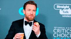 Actor Ewan McGregor poses in the press room during the 23rd annual Critics' Choice Awards at the Barker Hangar on January 11, 2018, in Santa Monica, California. / AFP PHOTO / JEAN-BAPTISTE LACROIXJEAN-BAPTISTE LACROIX/AFP/Getty Images