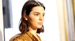 Kendall Jenner is seen backstage ahead of the Bottega Veneta show during Milan Fashion Week Spring/Summer 2018 on September 23, 2017 in Milan, Italy. (Photo by Tristan Fewings/Getty Images for Bottega Veneta)