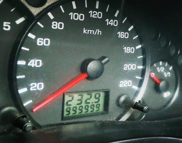 James Fole's Ford Tranist Connect shows 999999km on the odometer