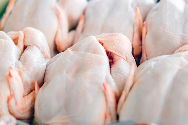 A consortium including Kepak and Roscommon firm Oliver Carty are understood to have paid €2.4m last year to buy one of Ireland's largest chicken-meat producers, Greene Farm Foods. Stock Photo