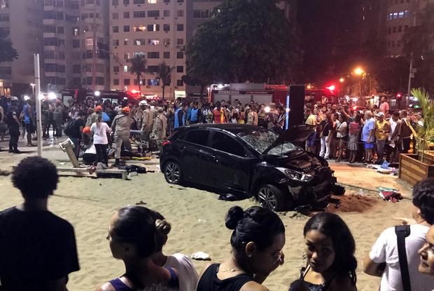 A vehicle that ran over some people at Copacabana beach is seen in Rio de Janeiro, Brazil January 18, 2018. According local media, the driver was detained. REUTERS/Sebastian Rocandio