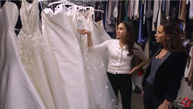 Meghan Markle chooses wedding dress for Suits character Rachel with friend Jessica Mulroney | Youtube