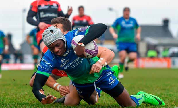 Niyi Adeolokun of Connacht scores his side's first try during the European Rugby Challenge Cup Pool 5 Round 6 match between Connacht and Oyonnax at the Sportsground in Galway. Photo by Seb Daly/Sportsfile