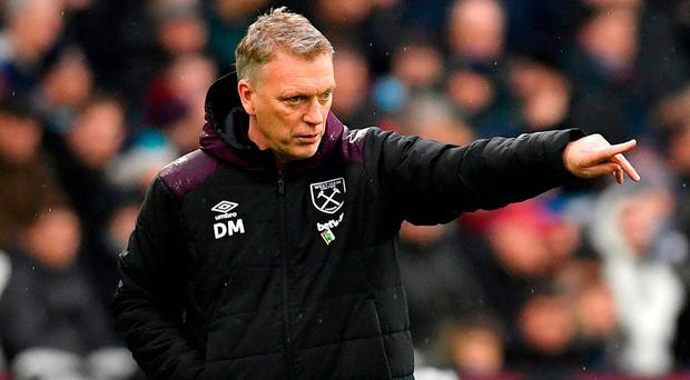 Manuel Lanzini injury a concern for West Ham boss David Moyes