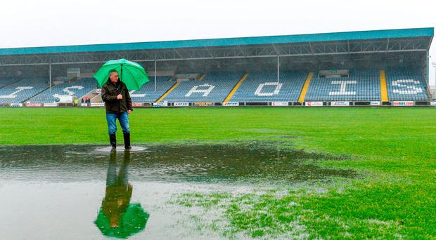 Leinster GAA Secretary Micheal Reynolds during an inspection O'Moore Park prior to postponement of the Bord na Mona O'Byrne Cup Final match between Westmeath and Meath at O'Moore Park in Portlaoise, Laois. Photo by Piaras Ó Mídheach/Sportsfile