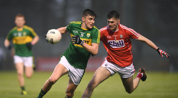29 March 2017; Sean OShea of Kerry in action against Aidan Browne of Cork during the EirGrid Munster GAA Football U21 Championship Final match between Cork and Kerry at Páirc Ui Rinn in Cork. Photo by Stephen McCarthy/Sportsfile