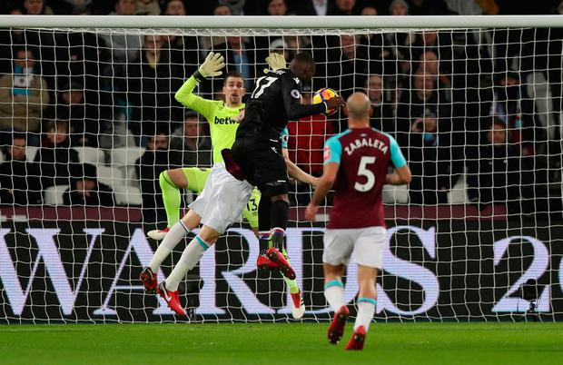 Crystal Palace's Christian Benteke scores their goal. Photo: Reuters