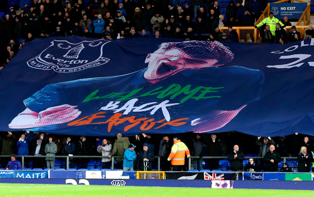 Everton fans welcome back Seamus Coleman after 10 months on the sidelines. Photo: Getty Images