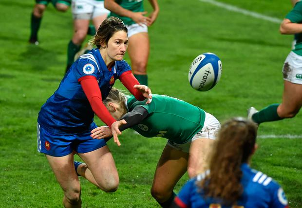 France's Caroline Boujard passes the ball. Photo: Getty Images