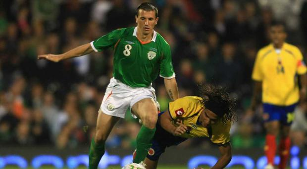 Tributes paid to former Ireland midfielder Liam Miller