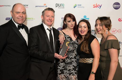 Pictured at the 2018 bonkers.ie National Consumer Awards in Dublins Mansion House are the winners of the award for Best Broadband (with or without landline) - Pure Telecom (L-R, bonkers.ie Managing Director David Kerr alongside members of the Pure Telecom team, Keith Berigan, Anita Walshe, Val McNevin and Claire Delaney).
