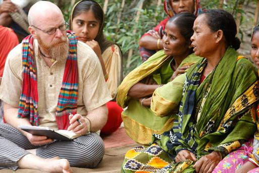 Mike Palmer getting feedback from a farmer's group in the Rangpur region of Bangladesh. Photo: Abir Abdullah