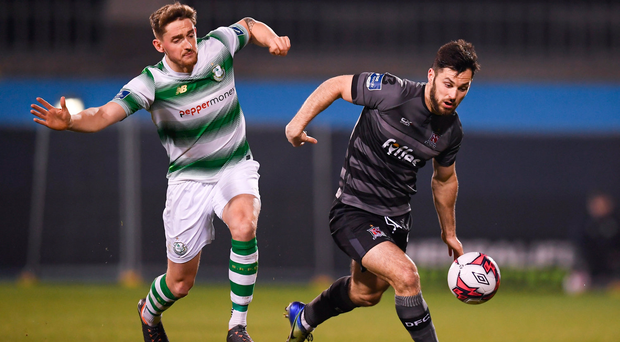 23 February 2018; Patrick Hoban of Dundalk in action against Lee Grace of Shamrock Rovers during the SSE Airtricity League Premier Division match between Shamrock Rovers and Dundalk at Tallaght Stadium in Dublin. Photo by Stephen McCarthy/Sportsfile