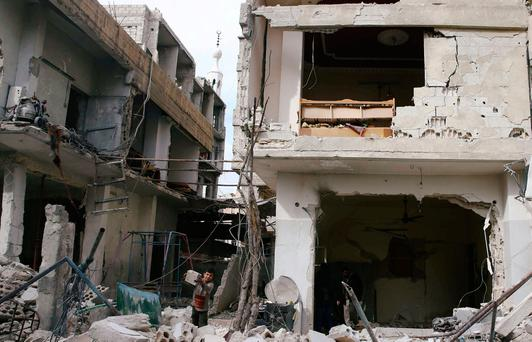 Air strikes kill 21 civilians in Syria