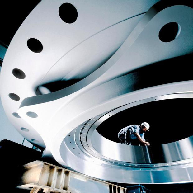 Some of Schaeffler's large bearings such as those used in the Millennium Wheel in London have diameters of more than four metres