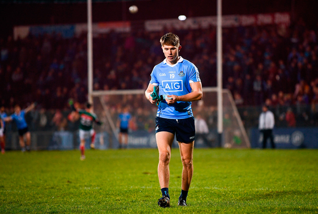 Michael Fitzsimons of Dublin leaves the pitch after receiving a red card. Photo by Stephen McCarthy/Sportsfile