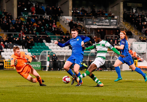 Dan Carr of Shamrock Rovers scores his side's third goal. Photo by Eóin Noonan/Sportsfile