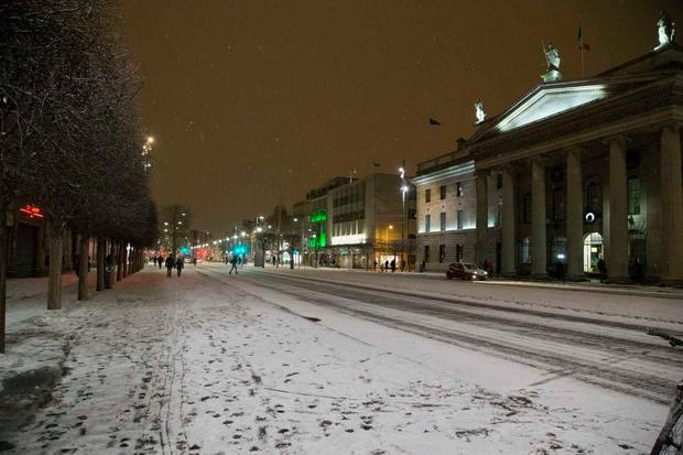 A quiet Dublin city centre as Met Éireann's Red Status weather warning remains in place (Photo: Colin O'Riordain)