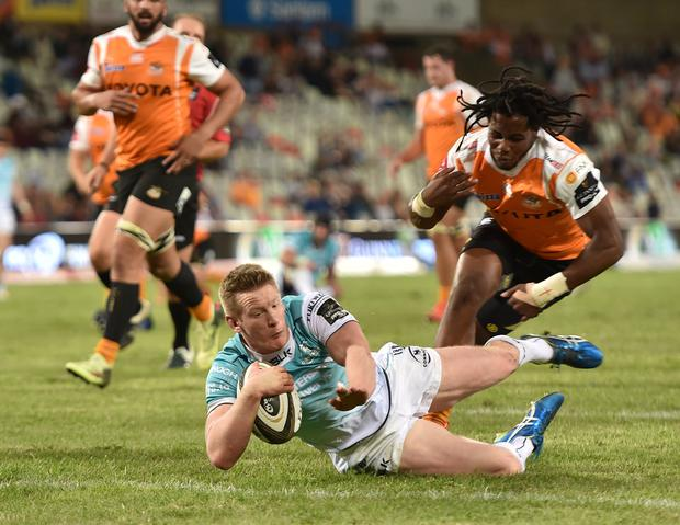 3 March 2018; Eoin Griffin of Connacht scores his side's third try during the Guinness PRO14 Round 16 match between Toyota Cheetahs and Connacht at Toyota Stadium in Bloemfontein, South Africa. Photo by Johan Pretorius/Sportsfile