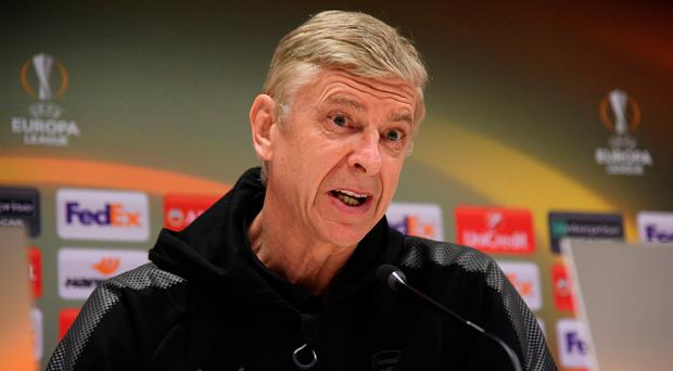 Wenger: Under increasing pressure Photo: REUTERS/Alberto Lingria