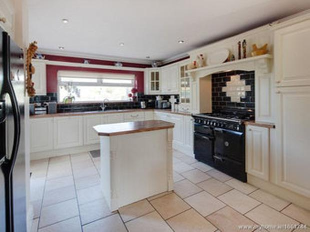 Kitchen of the property in Malahide (Image via Daft.ie)