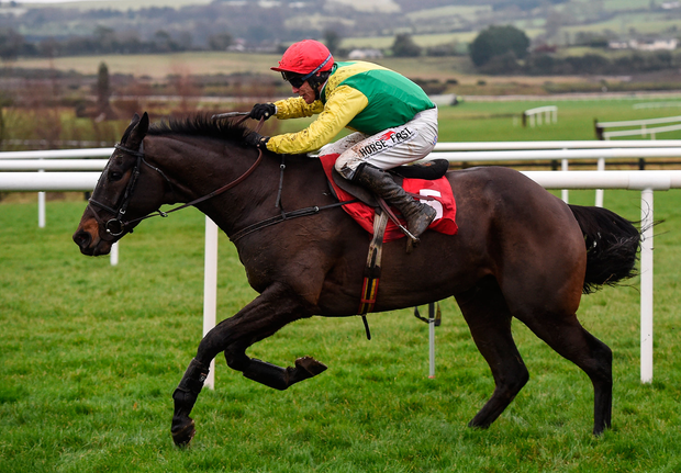 10 December 2017; Sizing John, with Robbie Power up, on their way to winning the John Durkan Memorial Punchestown Steeplechase at Punchestown Racecourse in Naas, Co Kildare. Photo by Cody Glenn/Sportsfile