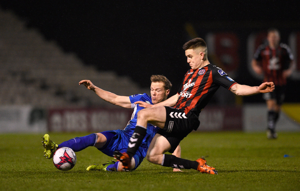 9 March 2018; Simon Madden of St Patrick's Athletic in action against Darragh Leahy of Bohemians during the SSE Airtricity League Premier Division match between Bohemians and St Patrick's Athletic at Dalymount Park in Dublin. Photo by Matt Browne/Sportsfile