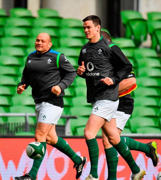 Jonathan Sexton, right, and Rory Best