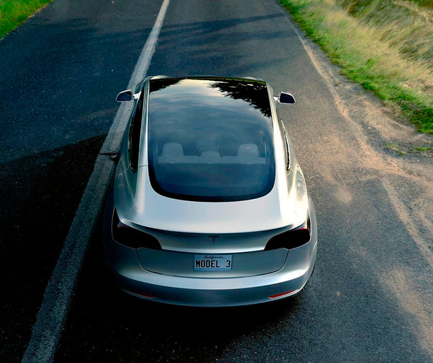 Tesla creates a buzz with electric car innovation - Independent ie