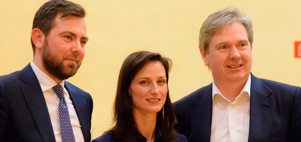 Editor in Chief of INM Stephen Rae (right), Mariya Gabriel, Commissioner for Digital Economy and Society and Wout van Wijk, Executive Director, News Media Europe