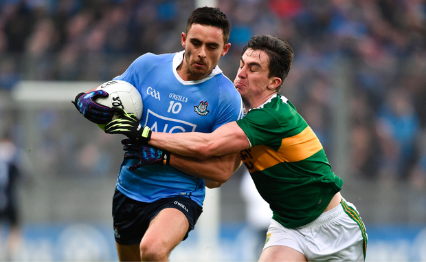11 March 2018; Niall Scully of Dublin in action against Brian Ó Beaglaoich of Kerry during the Allianz Football League Division 1 Round 5 match between Dublin and Kerry at Croke Park in Dublin. Photo by David Fitzgerald/Sportsfile