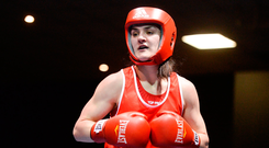 28 April 2017; Kellie Harrington of Ireland during her 60kg bout against Flora Pili of France at the Elite International Boxing Tournament in the National Stadium, Dublin. Photo by Piaras Ó Mídheach/Sportsfile