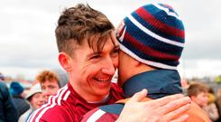 Brian Silke congratulates Johnny Heaney. Photo: Ray Ryan/Sportsfile