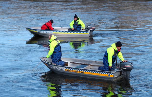 Members of the Carrick on Suir search and rescue search the river Suir for missing girl, Elisha Gault, aged 14. (Photo: Damien Eagers)