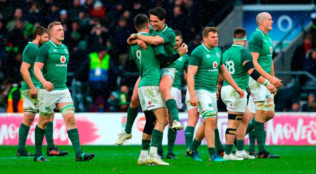 Irish players celebrate Grand Slam