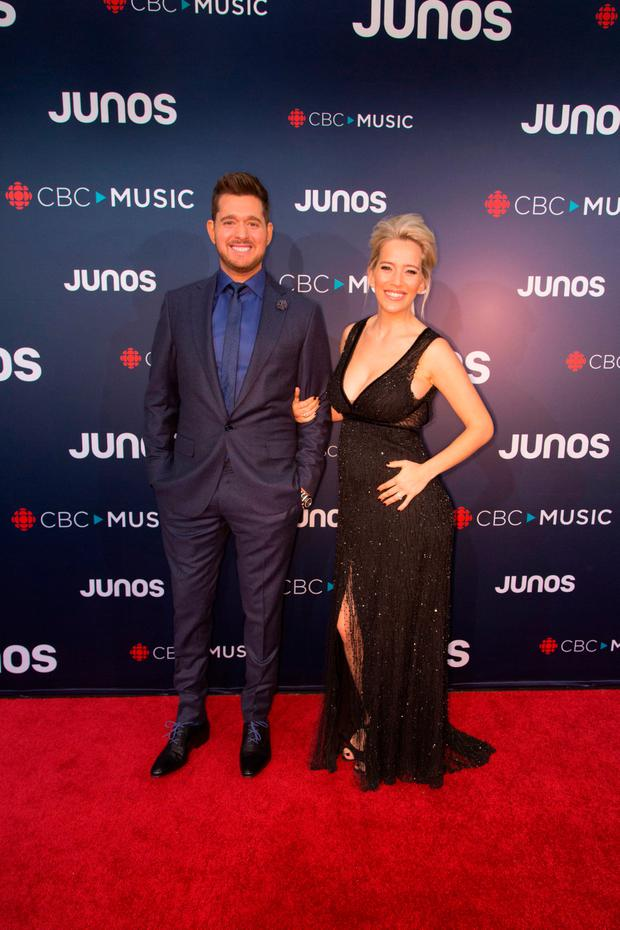 Michael Buble and his wife Luisana Lopilato attend the red carpet at The 2018 Juno Awards at Rogers Arena on March 25, 2018 in Vancouver, Canada. (Photo by Phillip Chin/Getty Images)