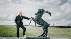 Paul McGinley with 'The Rampant Goat' which was unveiled as part of the club's 125 year celebrations