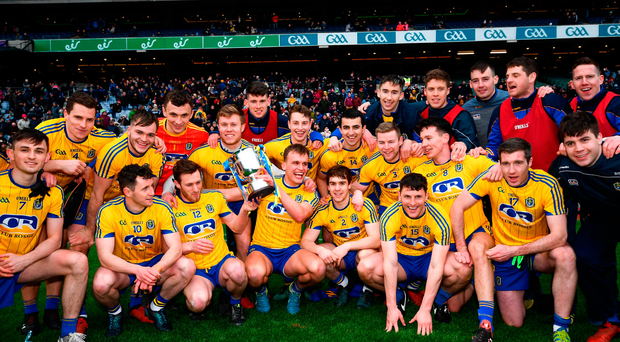 Roscommon players with the cup following the Allianz Football League Division 2 Final match between Cavan and Roscommon at Croke Park in Dublin. Photo by Stephen McCarthy/Sportsfile